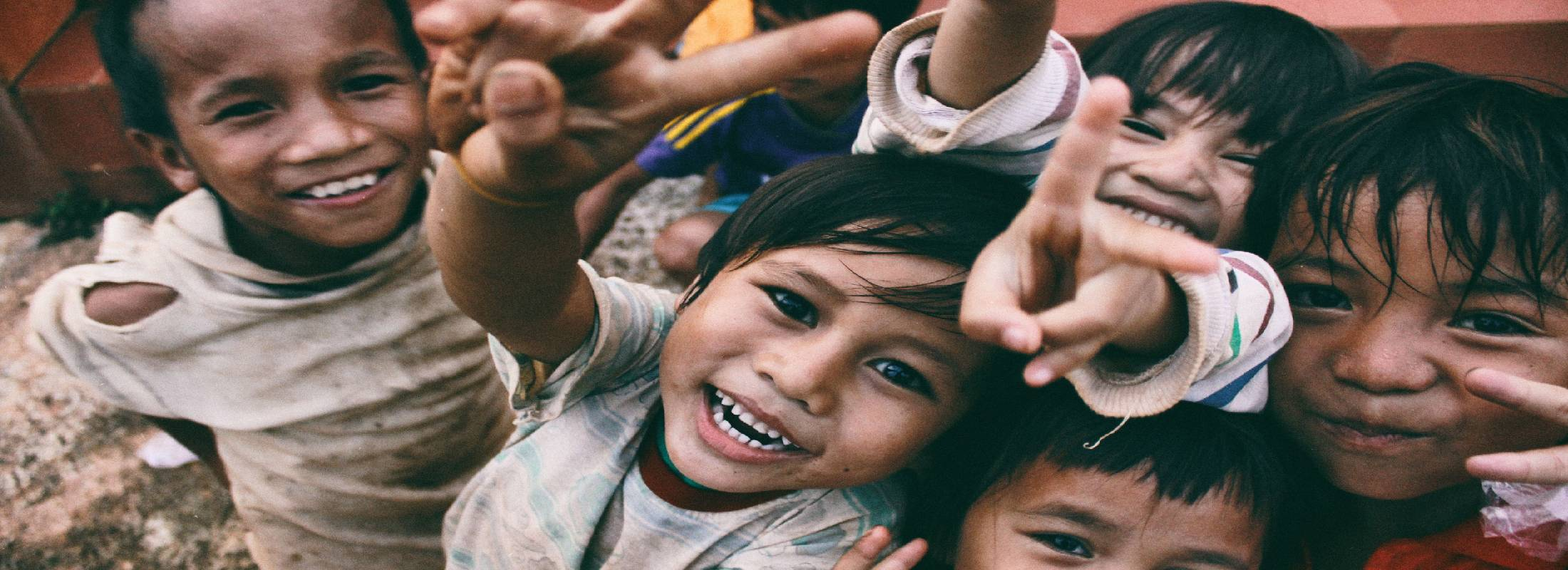 Voluntariado en la india con niños con dificultades auditivas