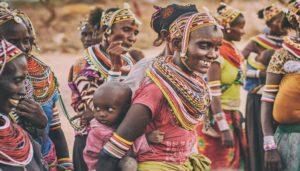 Educación comunitaria en un voluntariado en África