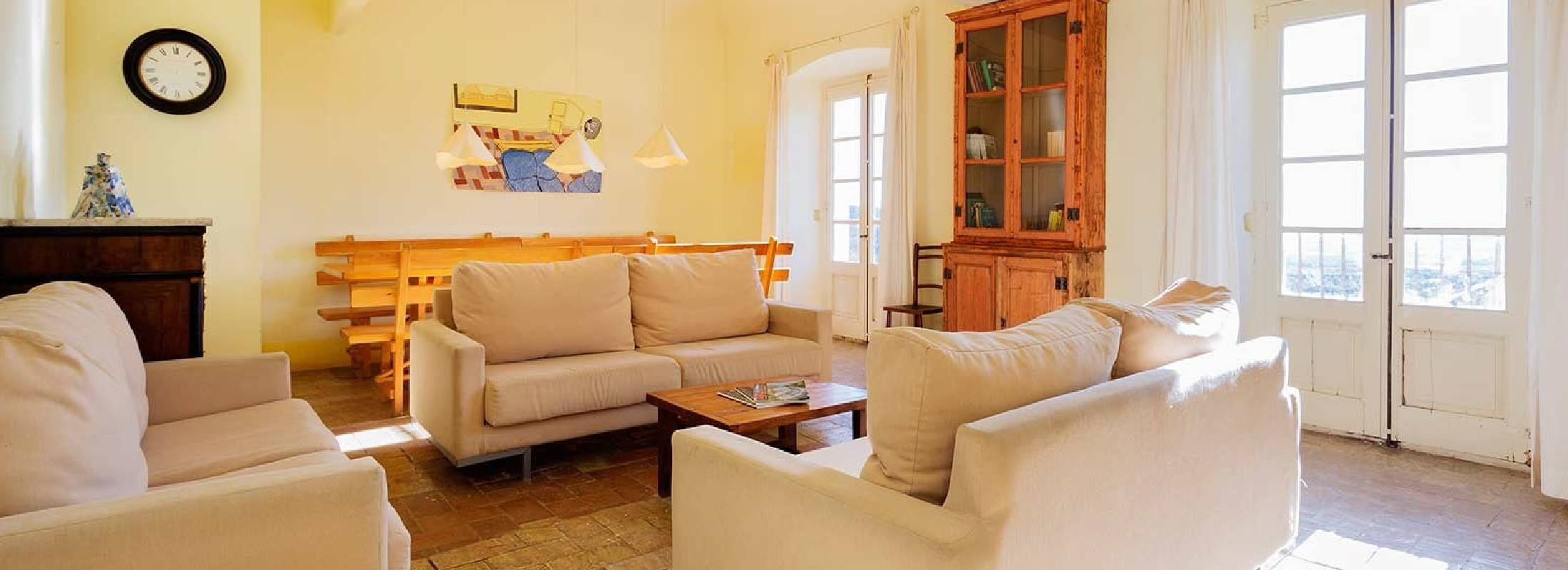 Sala de estar del retiro de Gerona
