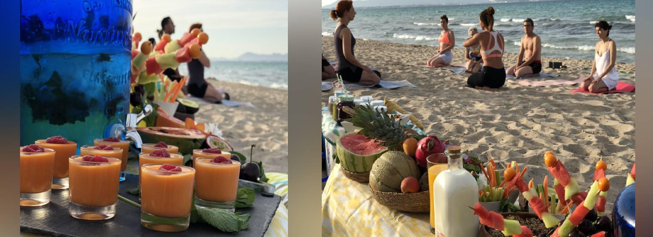 Prácticas en la playa de Famara durante el retiro de 8 días