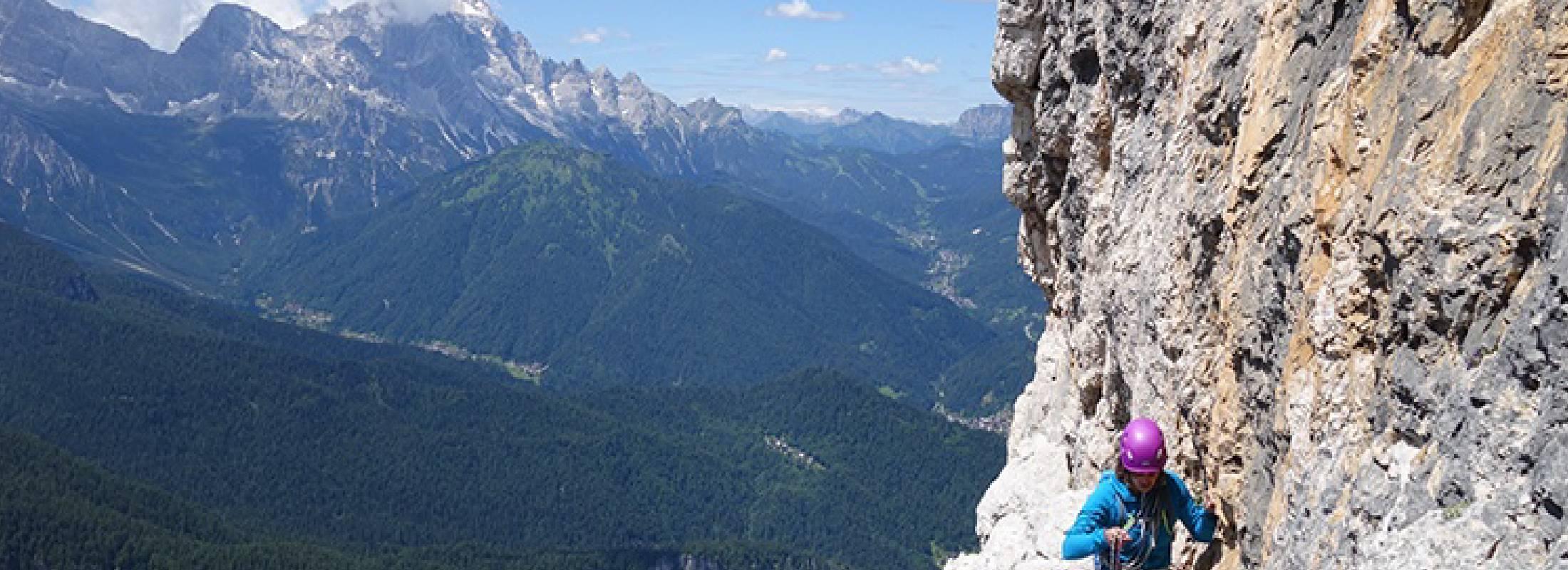 desconecta practicando la escalada en roca