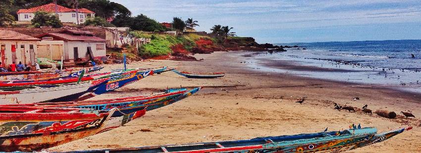 barcas de pesca en Senegal
