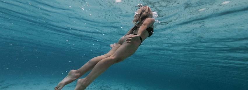snorkel en un retiro de yoga