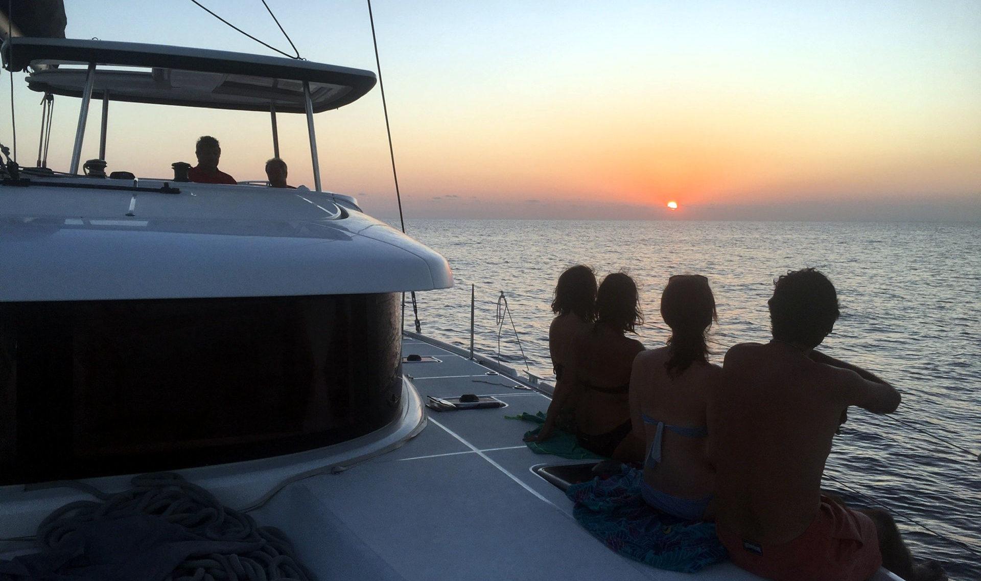 Retiro de yoga en catamaran en formentera